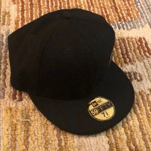 New Era Accessories - New Era ball cap LA 7 3/8 size 59fifty